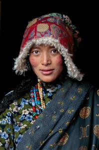 Tibetan woman at Stupa in Amdo, Tibet, 2001, National Geographic, April 2002, Phaidon, Looking East, Iconic Images, cover, final book_iconic, final print_milan, final book_iconic